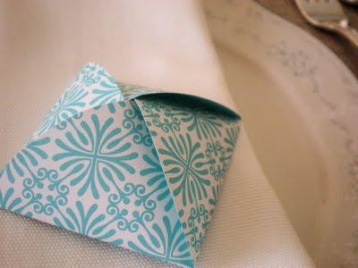 petites petales box