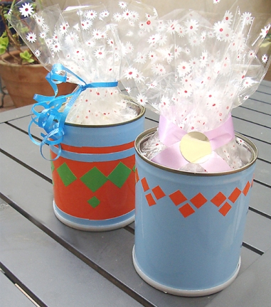 Recycled-Cans-Make-Delightful